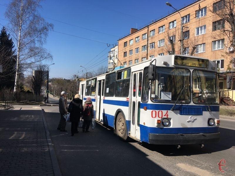 У Хмельницькому також можуть скасувати громадський транспорт