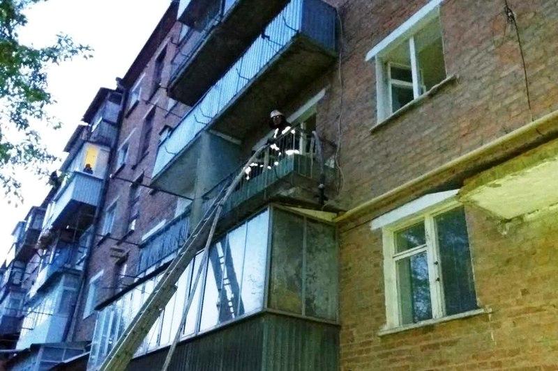 Пожежа сталась на другому поверсі квартири