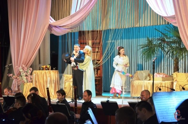 Артисти обласної філармонії виступлять у Кам'янці