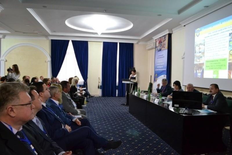 Участь у форумі беруть іноземні делегації