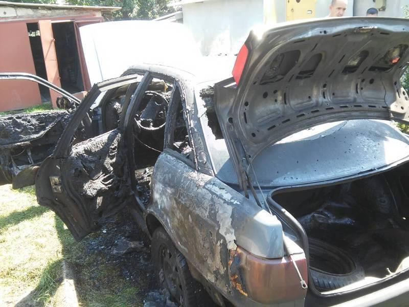 Автівка загорілась через розгерметизацію паливної системи