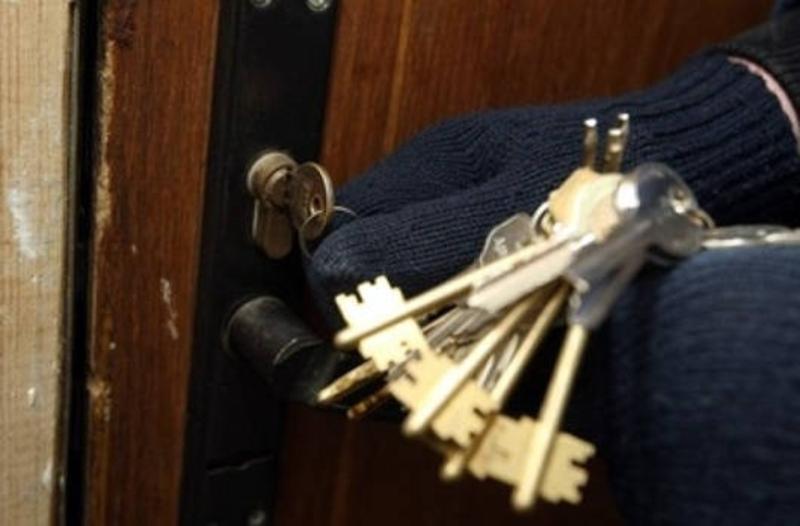 У квартиру проникли шляхом підбору ключа