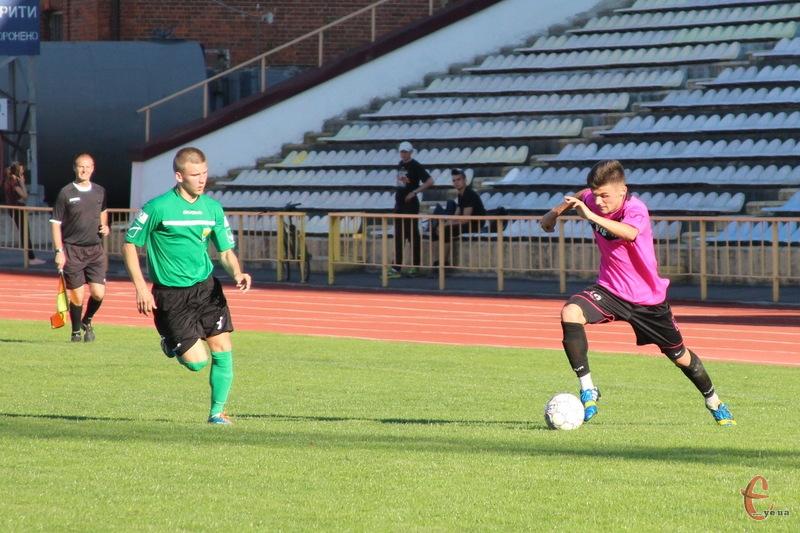 4-5 липня в Кубку Хмельницької області з футболу визначаться півфіналісти