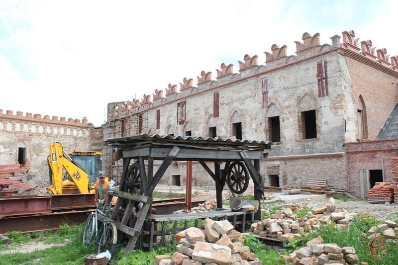 Лише для завершення повної реставрації палацу необхідно 50 мільйонів гривень