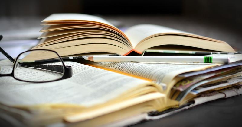 У МОН заявили про факти недобросовісного виконання зобов'язань деякими видавництвами щодо випуску якісних підручників