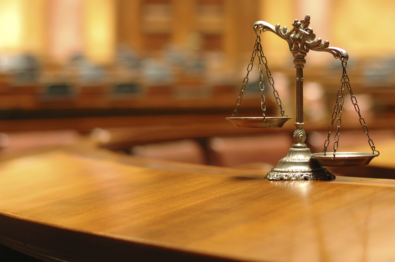 Жінці загрожує покарання арештом на строк від трьох до шести місяців або обмеженням волі на строк до п'яти років або позбавленням волі на той самий строк