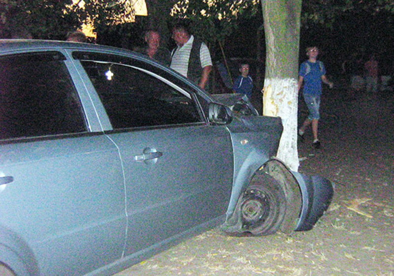 Люди хотіли вчинити самосуд над нетверезим водієм