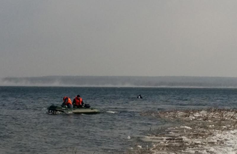 Рятувальники підняли на поверхню тіло загиблого рибалки