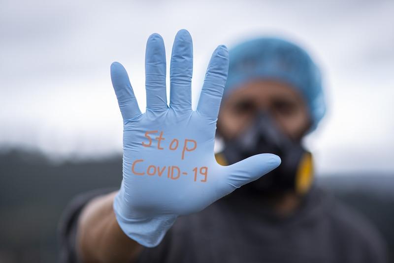 У Нетішині 21 хворий на коронавірус