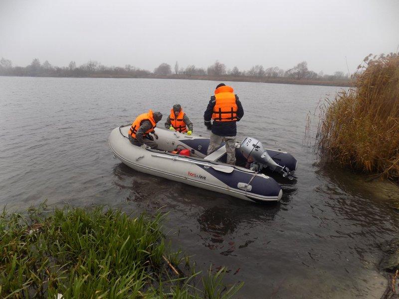 Рятувальники обстежили понад три кілометри берегової лінії