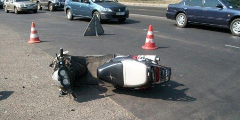 Поліцейські кажуть, водій загинув, бо не впорався з керуванням