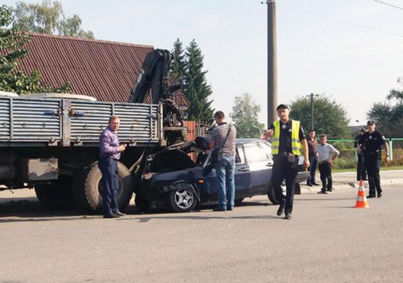 У ДТП в Шепетівці постраждало четверо людей