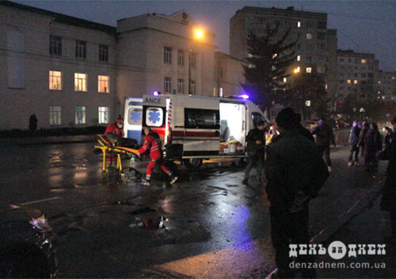 Травмованих жінок забрали до лікарні