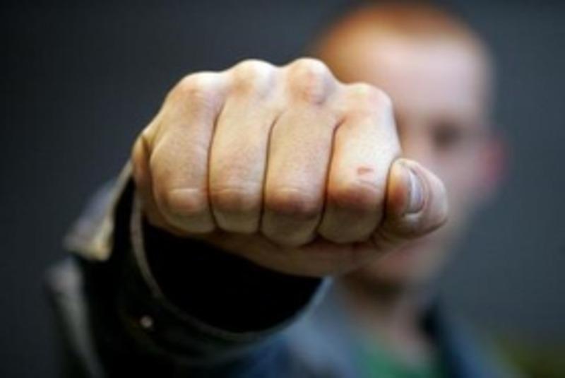Перед судом у Шепетівці постане чоловік за побиття правоохоронців