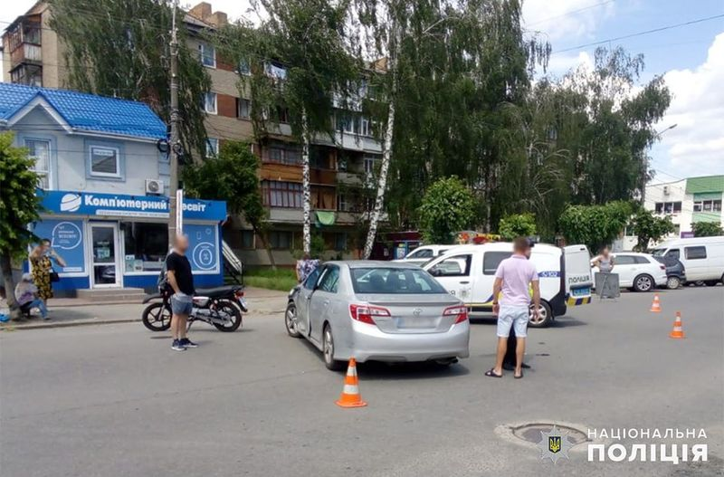 У Шепетівці поліцейські встановлюють обставини ДТП, у якій травмувався 38-річний мотоцикліст