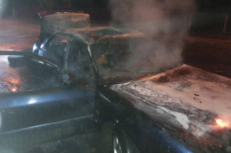 Вогнеборці ліквідували пожежу легкового автомобіля