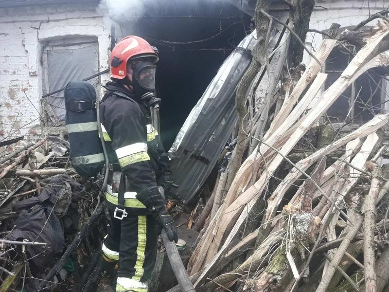 Рятувальники минулої доби двічі гасили пожежі