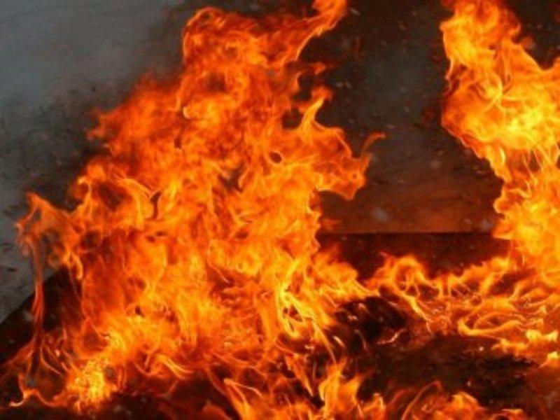 Двічі за вечір на Шепетівині гасили пожежі