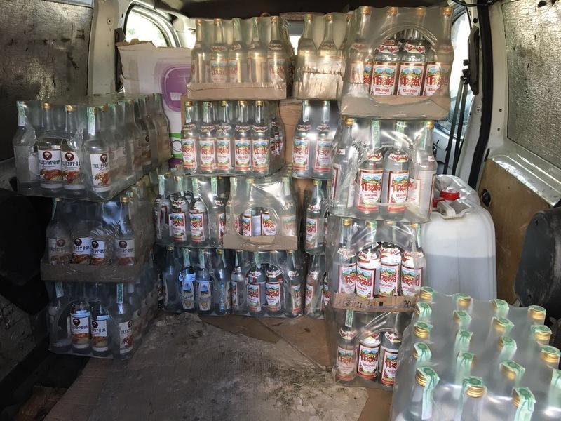 Виявили понад 2,5 тисяч пляшок алкоголю