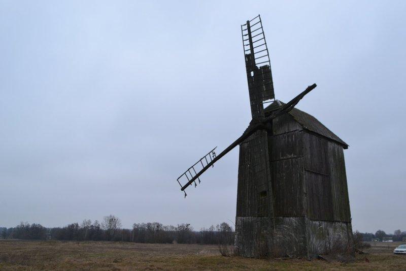 На Славутчині збереглися дерев\'яні вітряки