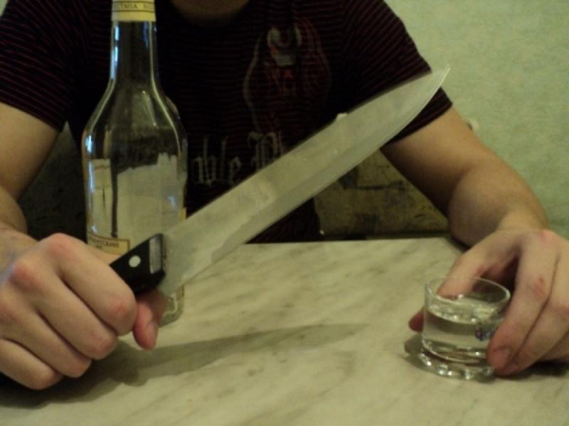 Обидва підрізи було скоєно під час розпиття спиртних напоїв