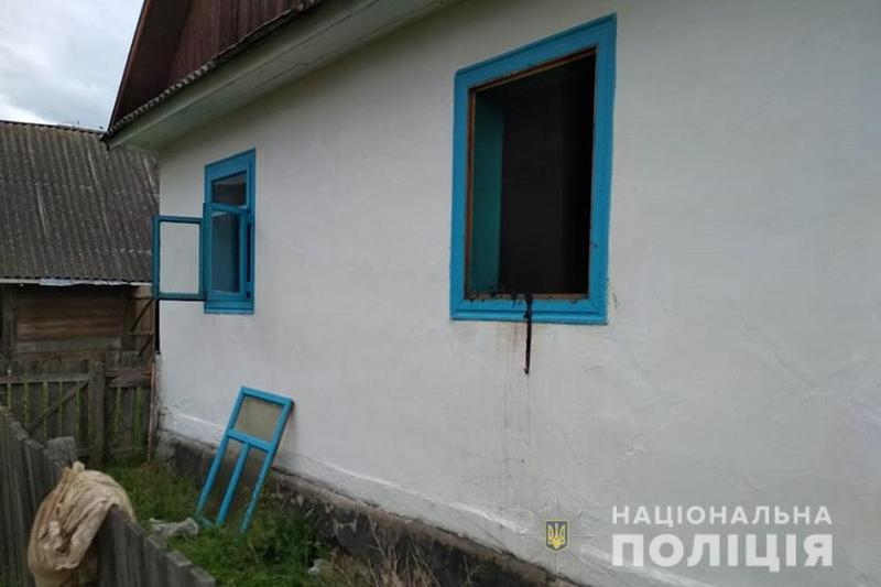 Чоловік проник у помешкання через вікно