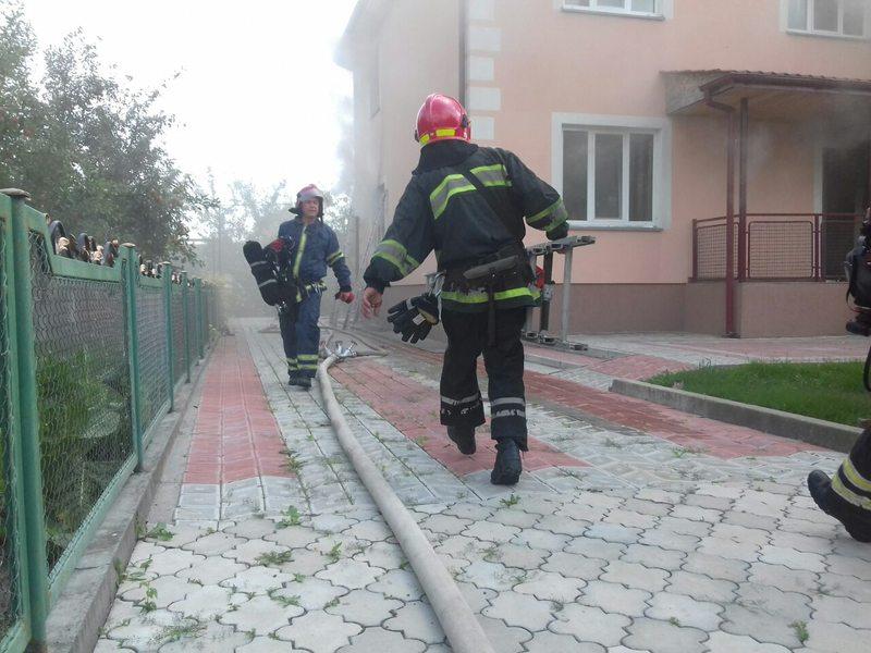 Ймовірна причина займання стало порушення правил пожежної безпеки поводження з електроприладами