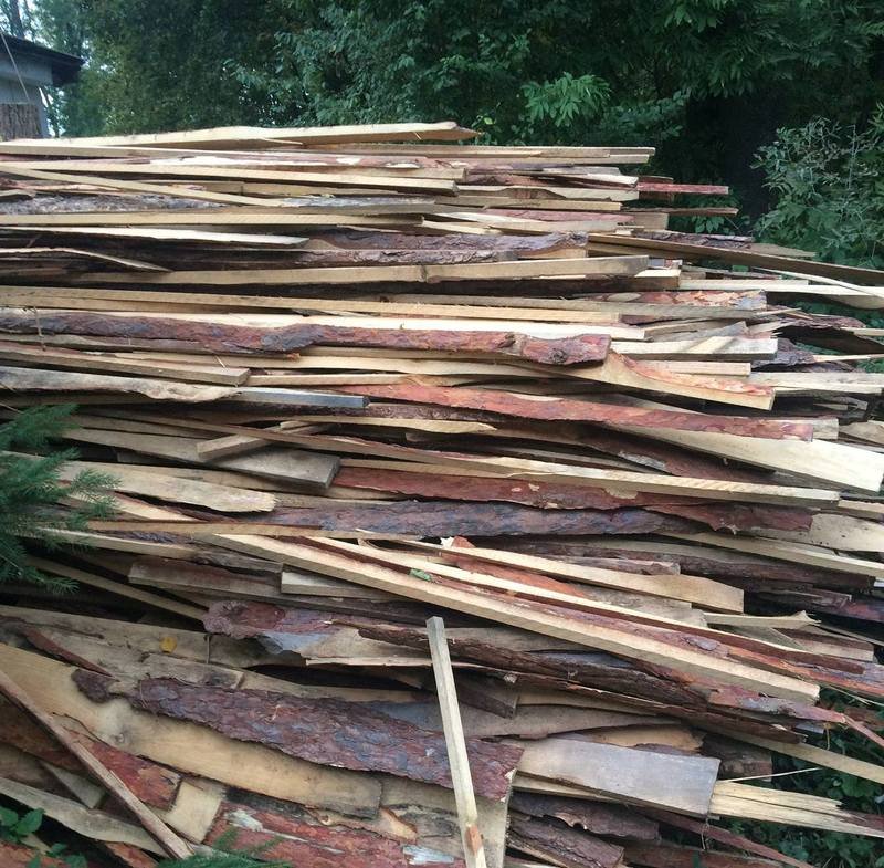 закуплені посадовцями дрова виявились низької якості та за цінами, значно вищими від ринкових