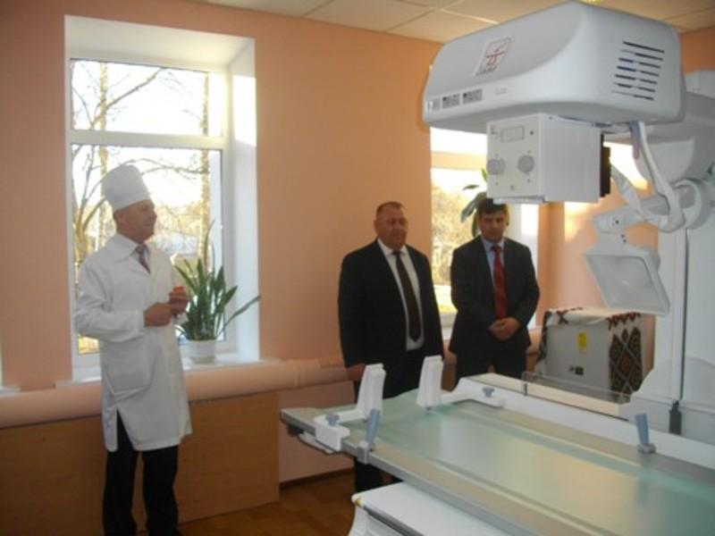 На відкриття нового кабінету в медичний заклад завітало керівництво району