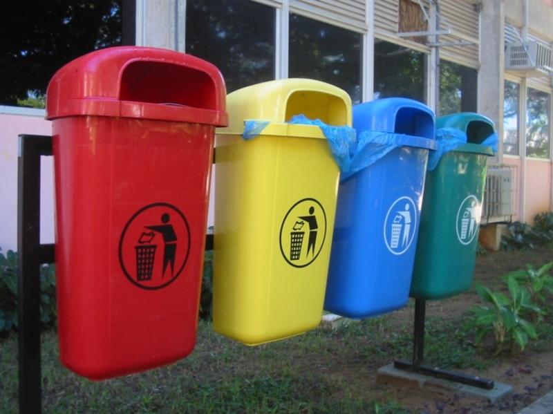 У Старокостянтинові планують вставновити конетйнери для сортування сміття