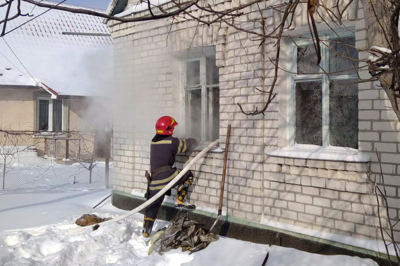 На місці пожежі було виявлено тіло власника помешкання