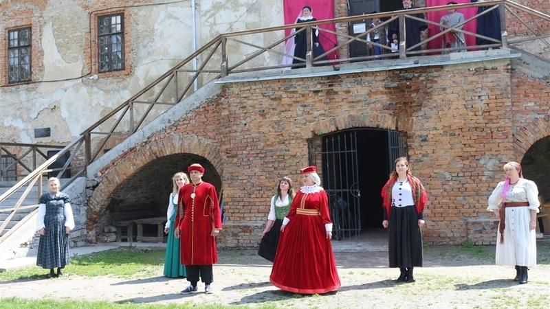 У Старокостянтинові відтворили сцену вручення Магдебурського права