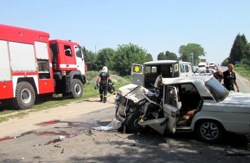 ДТП сталася на автодорозі поблизу Теофіполя
