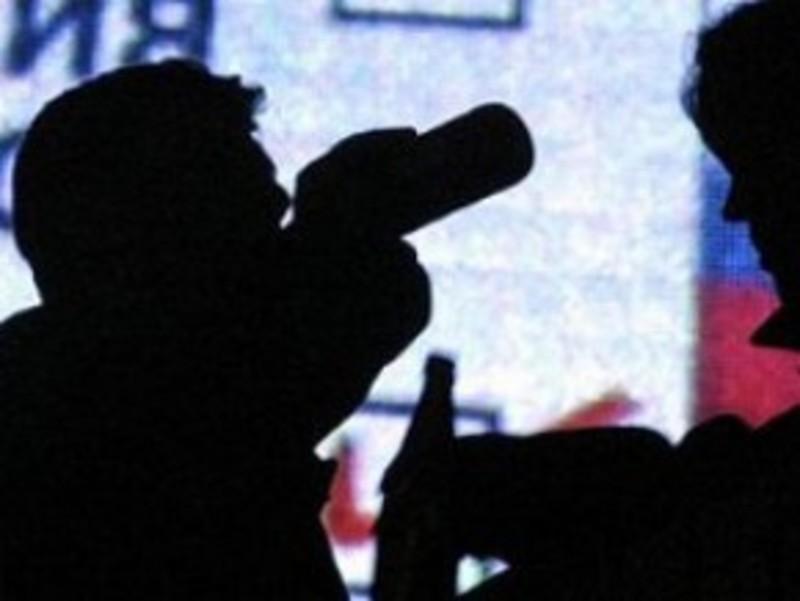 Чоловік викинув вкрадений телефон, втікаючи від правоохоронців