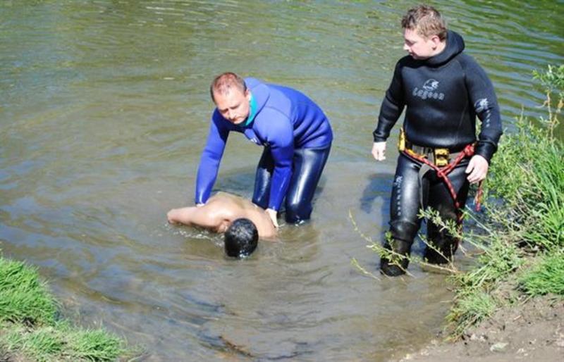 В Івано-Франківській області Дністер прибив до берега тіло жителя Буковини