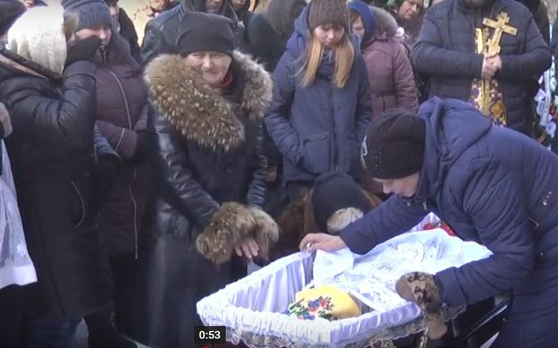 21-річного бійця поховали у Ярмолинецькому районі