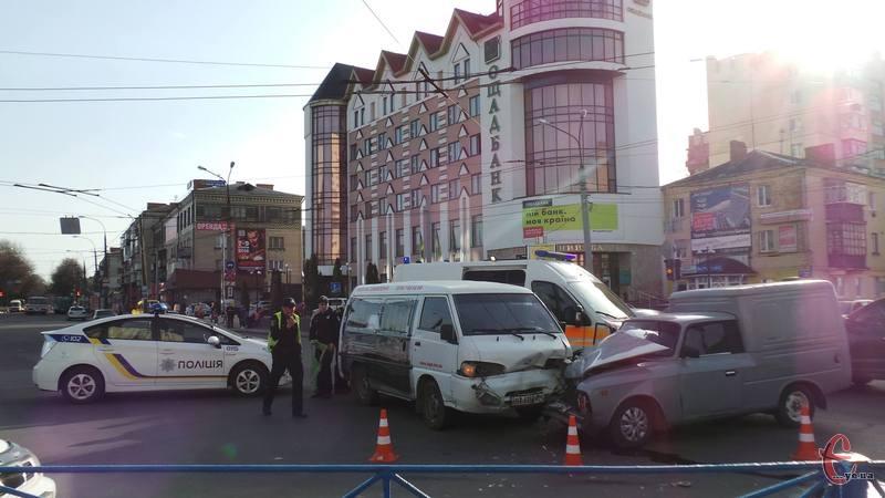 Аварія сталася у центрі Хмельницького