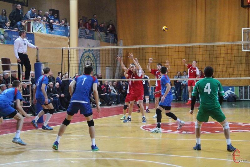 Новатор гратиме у Суперлізі чемпіонату України з волейболу, але й матиме дублерів, які виступатимуть рангом нижче
