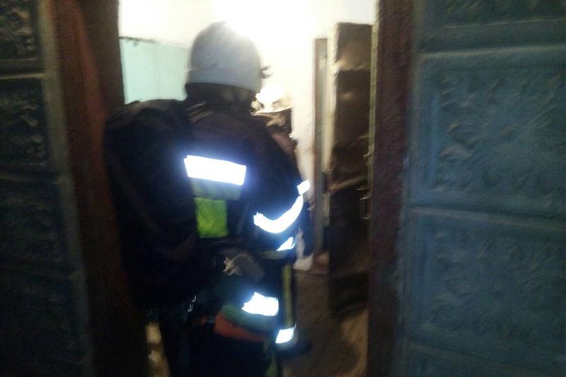 Рятувальникам вдалося загастити вогонь на врятувати від лиха людей