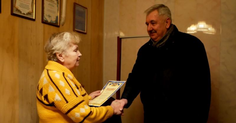 У Хмельницькому такі продуктові набори отримали члени фонду інвалідів «Доброта».
