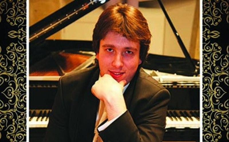 На концерті музикант зіграє твори Баха, Шопена, Ліста, Рахманінова