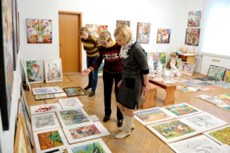Виставку робіт обіцяють відкрити у грудні