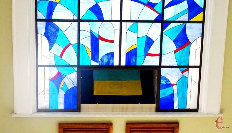 Історичний стяг можна побачити у Хмельницькій міській раді