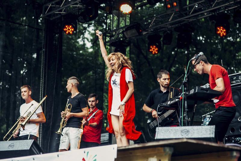 """Гурт """"TOLOKA"""" – це поєднання різних музичних стилів: rock, jazz, reggae з елементами українського фолку"""