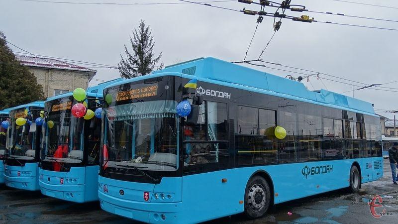 Тролейбуси курсуватимуть з 00.00 і до 6.00