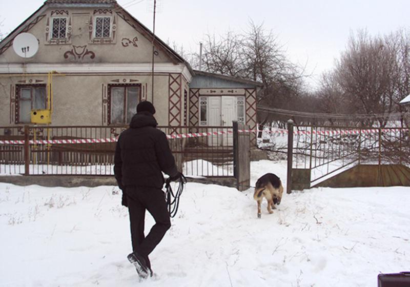Службовий собака взяв слід, який привів до дочки загиблої