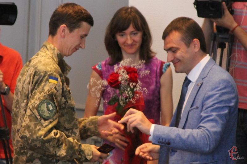 Андрій Черніцький (ліворуч) працюватиме в депкомісії з питань ЖКГ