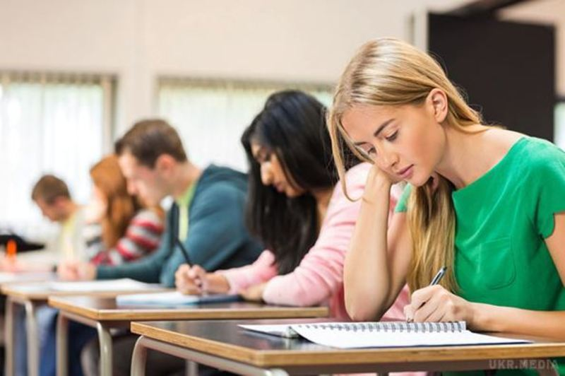 У 2018 році зовнішнє незалежне оцінювання розпочнеться 22 травня тестуванням з математики