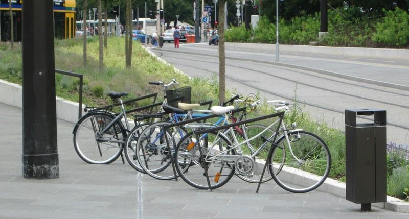 Європейці часто купують два велосипеди: для далеких поїздок і для міста