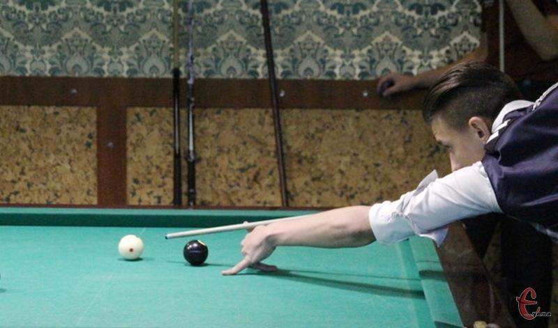 Зібрна Хмельниччини на Універсіаді посіла друге місце в змаганнях із більярду